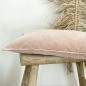Mobile Preview: Pip Kissen aus Baumwollsamt in blush - washed Look - 30 x 60 cm